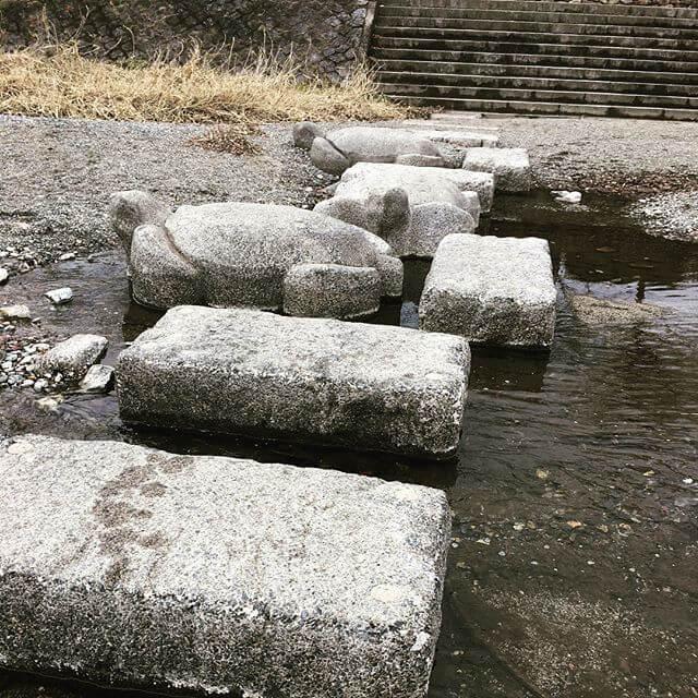 鴨川デルタ。NHKのドキュメント72hで観て行ってみたかった場所!雪の中 頑張って飛び石しました#京都 #鴨川 #鴨川デルタ #Kyoto #Kamogawa #JAPAN