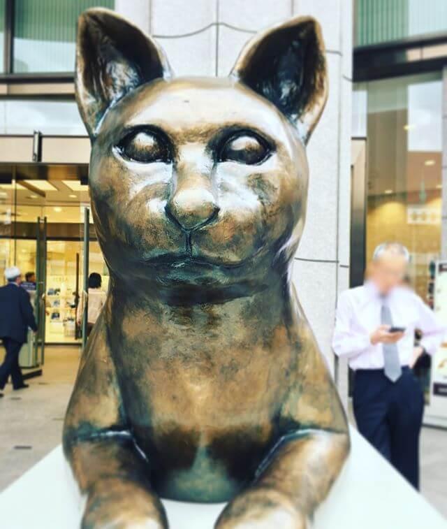 三越本店のライオンがニャンコになっていたニャー!!!#岩合光昭 #世界の猫歩き #猫 #三越前